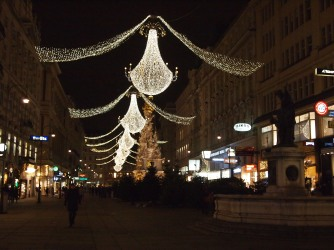 I loved Vienna's Christmas decor