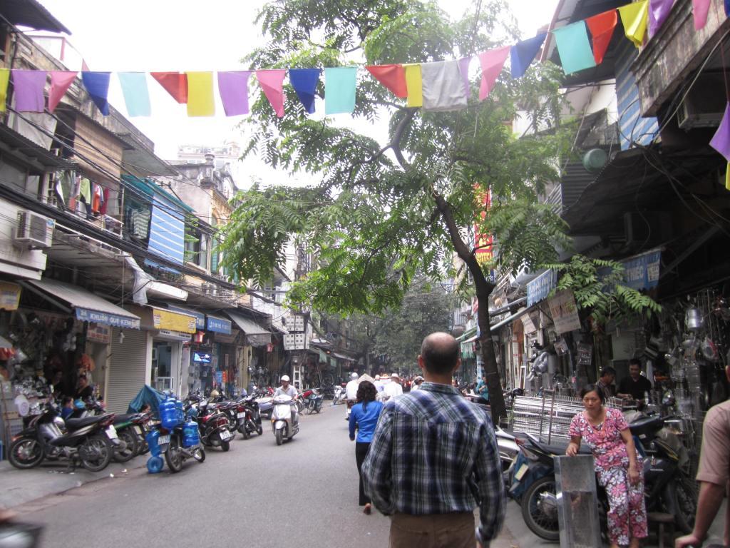 Vietnam 409
