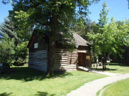 Log cabin was built in 1854