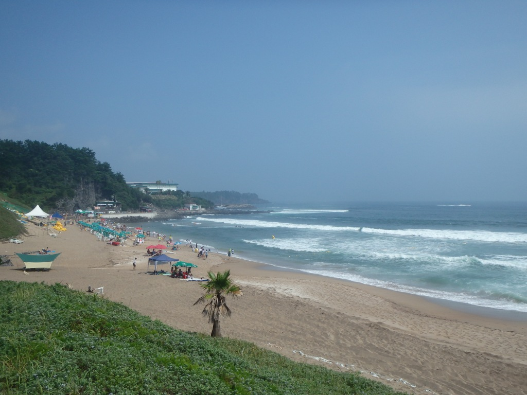 Jungmun Beach from the other end