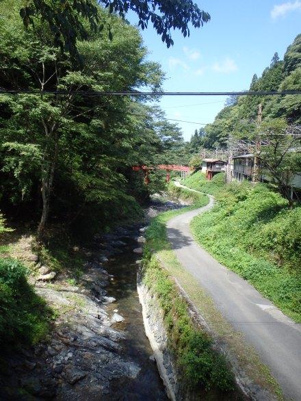 Back at Gokurakubashi