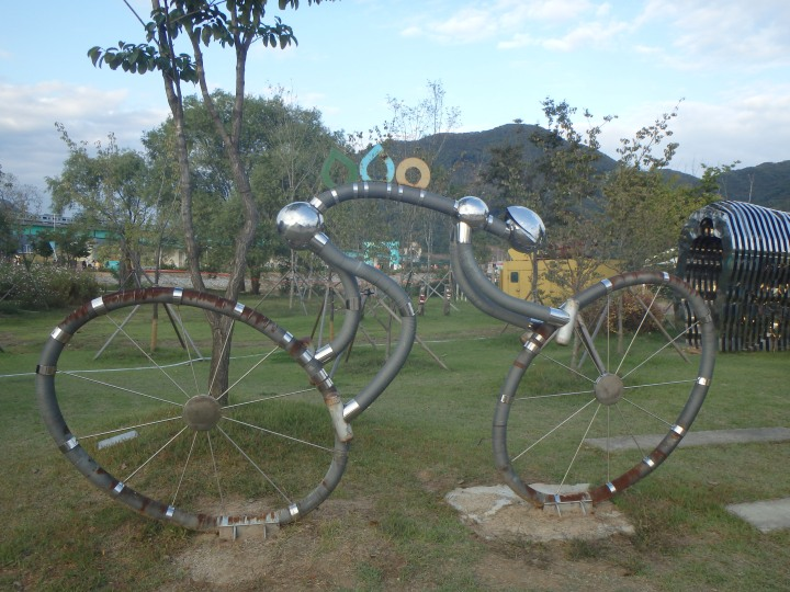Cool cyclist sculpture