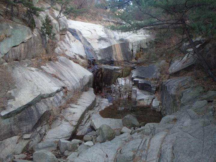Songchu Falls...