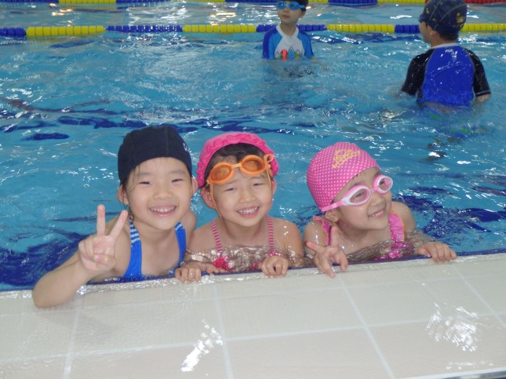 All the girls wore swim caps