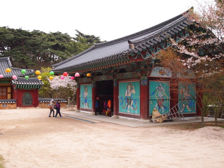 Sacheonwang-mun, The Four Guardians' Gate