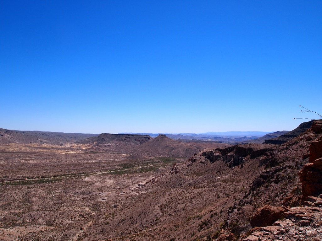 Looking east toward Big Bend NP and the Chisos Mts.