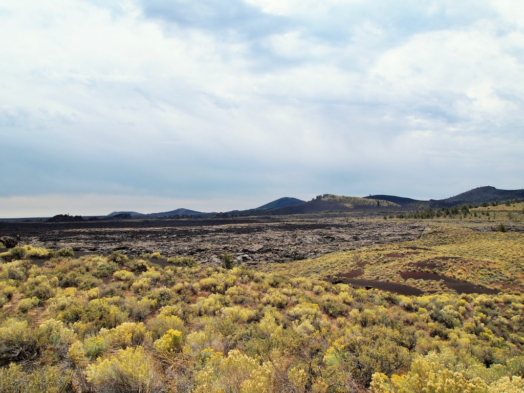 Roadside stop to admire Craters of the Moon
