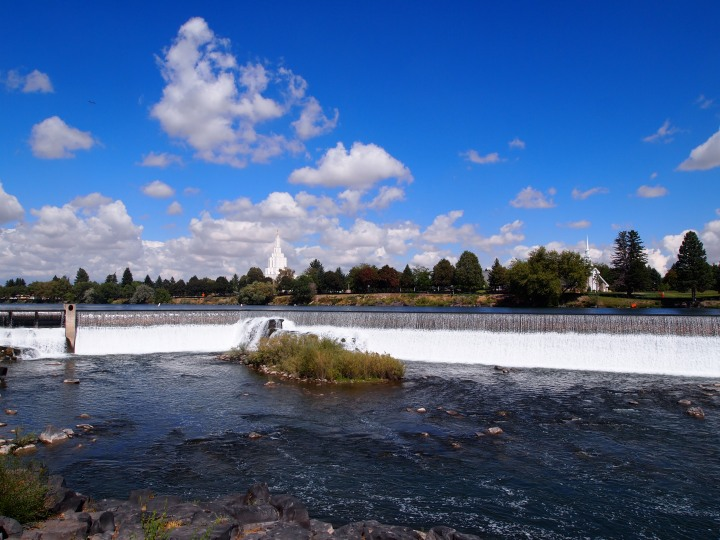The falls of Idaho Falls